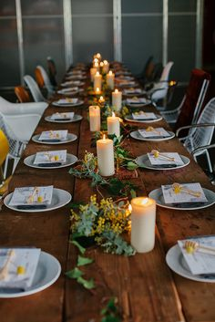 Beautiful table setting with candles