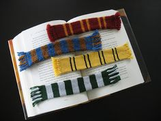 bookmark harry potter scarf