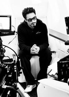 Robert Downey Jr. (Iron Man 2, behind the scenes)