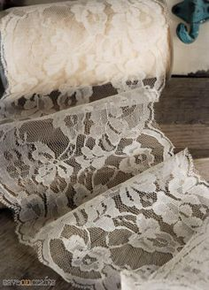 "7/""  Delicate Flat Ivory Cream Candlelight Victorian Lace 5 yards"