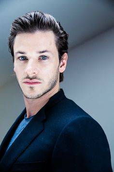 #29 (Philippe Quaisse) - 001~436 - Gaspard Ulliel Daily - Photo Gallery