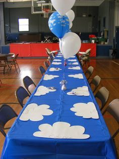 Airplanes / Birthday   Catch My Party-table settings/wooden airplane painting