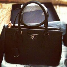 402e3fc50df1 Prada Handbag. Ooooh. I really like this. Especially the handle. How fab