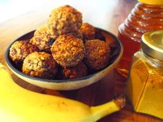 Banana, Honey & Spice Muesli Bites – An Original Recipe Muesli Bars, Snack Recipes, Healthy Recipes, Snack Bar, Original Recipe, Weight Gain, Natural Health, Food To Make, Spices
