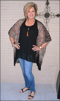 50 IS NOT OLD | KIMONO WITH FRINGE | tassel necklace | Fashion over 40 for the everyday woman