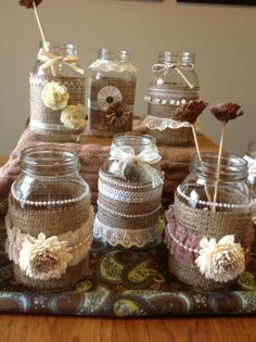 mason jar crafts for kids; home decoration; Mason jars for wedding. Mason Jar Projects, Mason Jar Crafts, Mason Jar Diy, Bottle Crafts, Burlap Crafts, Diy Crafts, Lace Mason Jars, Wedding Crafts, Decor Wedding