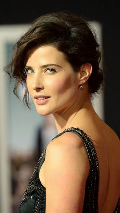 Cobie Smulders, turning back, 2018, 720x1280 wallpaper