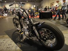 DEN OF SPORTSTERS: LOVE THIS BIKE