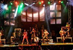 Netinho em 2012 no seu show em Santana do Ipanema, Alagoas.