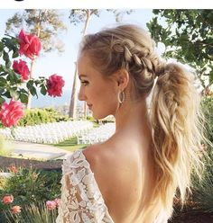 This hair is gorgeous!!! @angelicacostley