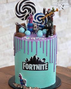10 Birthday Cake, 9th Birthday Parties, 12th Birthday, Birthday Party Decorations, Boy Birthday, Birthday Ideas, Fête Jurassic Park, Lollipop Cake, Little Man Birthday