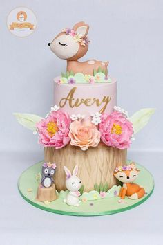 Animals Birthday Cake - # Baby Cakes - From my HoMe Baby Cakes, Girl Cakes, Animal Birthday Cakes, Baby Birthday Cakes, 1st Birthday Cake For Girls, Birthday Ideas, Birthday Parties, Woodland Cake, Woodland Party