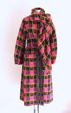 Bonnie Cashin 1970's Bonnie Cashin, Check Coat, Fashion History, Ready To Wear, Vintage Fashion, Men Casual, Plaid, Passion, American Fashion