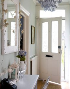 Increase The Sense Of E In Your Entrance Hall And Make A Fabulous First Impression With These Inspiring Decorating Ideas