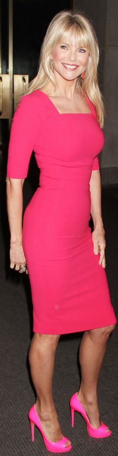 Love a pop of color (Christie Brinkley)