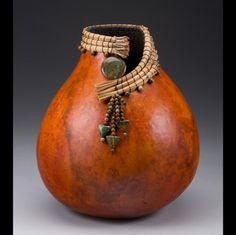 Leslee Burtt Chris Warren Portland, OR Decorative Gourds, Hand Painted Gourds, Deco Fruit, Pine Needle Crafts, Diy And Crafts, Arts And Crafts, Pine Needle Baskets, Gourd Lamp, Pine Needles