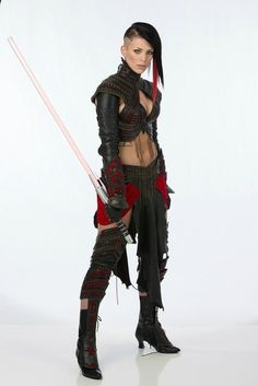 """MissSinister, cosplay superstar, is cosplaying here as a """"Sinister Sith"""". The expanded universe may be dead, but surely there's room for one last Sith before it fades away into the history books. Batman Christian Bale, Star Wars Sith, Star Wars Rpg, Cyberpunk, Female Sith, Samurai, Batman Begins, Action Poses, Warrior Princess"""