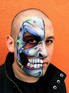 Halloween celebrations are incomplete without Halloween costumes, Halloween makeup and Halloween face paint. Cool Face Paint, Mime Face Paint, Zombie Prom, Monster Face, Monster Makeup, Horror, Theatrical Makeup, Face Painting Designs, Special Effects Makeup
