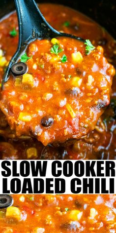 SLOW COOKER CHILI RECIPE- The best easy flavorful crockpot chili, homemade with simple ingredients. Loaded with ground beef, beans and spices. Perfect for game day and an easy weeknight meal! Can also be made with chicken, turkey or turned vegetarian. From SlowCookerFoodie.com #slowcooker #crockpot #chili #dinner #gameday Best Slow Cooker Chili, Slow Cooker Recipes, Crockpot Recipes, Cooking Recipes, Kitchen Recipes, Vegan Recipes, Easy Cooking, Slow Cooking, Easy Weeknight Meals