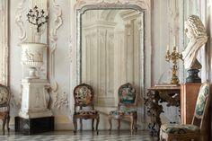 Places: La Villa Sola Cabiati, Lake Como, Italy :: This Is Glamorous Lake Como Hotels, Lake Como Villas, Lac Como, Milan To Lake Como, Baroque, Century Hotel, Lake Como Italy, Blue Shutters, Italian Villa