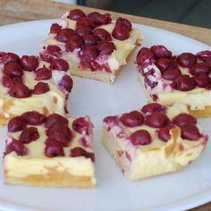 Meggyes-tejfölös sütemény Recept képpel - Mindmegette.hu - Receptek