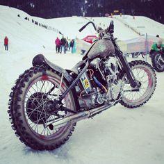 It's time for winter tires #motorcycle #harleydavidson #chopper #winter #tires #oldskool #motorbike #badass #moto #skiing #snow #bikeoftheday #bikeporn #cool #instabike #photo #fahrstahl #harleyandsnow