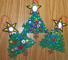 Mrs. Ring's K-Crew Kids Rock!!: Puzzle Piece Christmas Tree ornament.