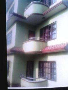 बोहोराटार, काठमाडौँमा रहेको ३.५ आना घडेरीमा बनेको साडे ३ तले घर रु. १ करोड ५५ लाखमा बिक्रीमा थप जानकारीको लागि http://www.gharjagganepal.com/kathmandu/bohoratar/house-for-sale-in-bohoratar-2/details.html