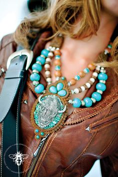 (via Jane Johnson Photography & Branding Design» Blog Archive» Cowgirl Magazine: Fall Fashion Shoot)