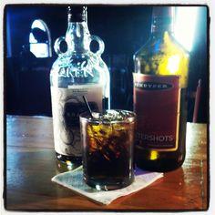 The Buttery Kraken: Kraken Rum, Butterscotch Schnapps. Booze Drink, Cocktail Drinks, Fun Drinks, Alcoholic Drinks, Girls Night Drinks, Kraken Rum, Happy Drink, Mixed Drinks Alcohol, Schnapps