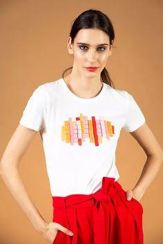Mustard-red-rose ribbon detailed T-shirt - V I K T O R I A V A R G A Spring Shirts, Red And Pink, Budapest, Pink Dress, Red Roses, Mustard, Ribbon, Trousers, Coral