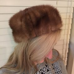 """Vintage mink hat Fabulous vintage MINK hat in excellent condition. 22"""" circumference. Look at the exquisite inside of this hat! Vintage Accessories Hats"""