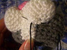 Crochet Parfait: Laid-Back Cat Amigurumi Halloween Crochet Patterns, Crochet Teddy Bear Pattern, Crochet Amigurumi Free Patterns, Crochet Patterns Amigurumi, Crochet Dolls, Animal Knitting Patterns, Stuffed Animal Patterns, Loom Patterns, Crochet Fish