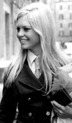 Brigitte Bardot goes shopping in the Via Margutta in Rome wearing a Chanel sleek trouser suit ~ June 15, 1967