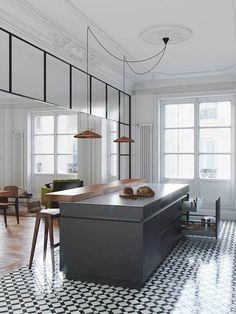 I love the raise bench for the breakfast bar to hide the kitchen bench and the hanging pendants
