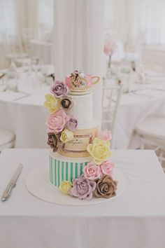 tea party wedding cake // photo by Shutter and Lace // cake by Deliciously Decadent Cakes