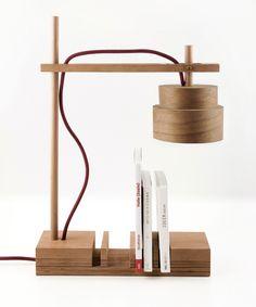 Stoer! Deze lamp en boekensteun / accessoire houder voor op kantoor! Van *mairaum* via http://nl.dawanda.com/