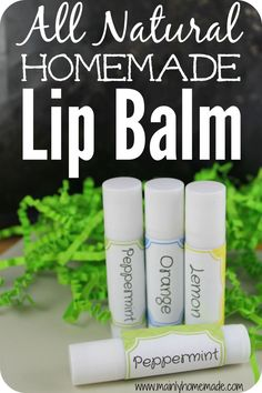 All natural homemade lip balm for dry lips. Who knew it was this easy to make? Plus the best essential oils to use for lip balms. Soothe and protect lips from drying. All safe homemade beauty product. Perfect easy gift idea for mom.