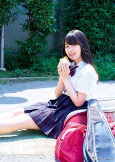 アイドルグループ「欅坂46」の米谷奈々未さんが、20日発売のマンガ誌「月刊ヤングマガジン」(講談社)7号の巻末グラビアに登場した。 米谷さんは2000年2月2...