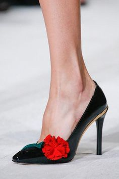 It's all about the shoes at Oscar de la Renta Spring 2016