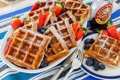 Belgiska våfflor | Fredriks fika - Allas.se Triple Chocolate Chip Cookies, Fika, Baking Recipes, Waffles, Cheesecake, Lunch, Homemade, Snacks, Breakfast