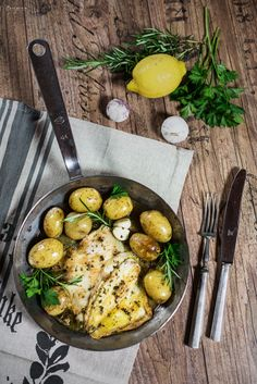 Rezept für Scholle im Essigsud mit Kartoffeln, Scholle gebraten, Rezept Essigscholle, Rezept Essig, Fischpfanne, Scholle Kartoffel Pfanne