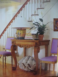 Key West cottage, darker purple would make the wood stand out more. Great table. :)