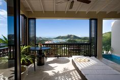 Luxury boutique hotel in Antigua, Antigua all inclusive resort and hotel, or bed and breakfast, Aveda Spa, Cybex gym and restaurants, near Jolly Harbour Antigua.