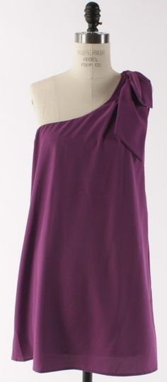 When you're all out of maroon, burgandy or purple are close enough!:)     (http://www.adabelles.com/the-classy-and-fabulous-dress-in-purple/)