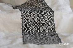 byRandi: Hvordan sy smøyg til bunad? Hardanger Embroidery, Crochet Top, Cross Stitch, Textiles, Pattern, Scandinavian, Ethnic, Ornament, Diy