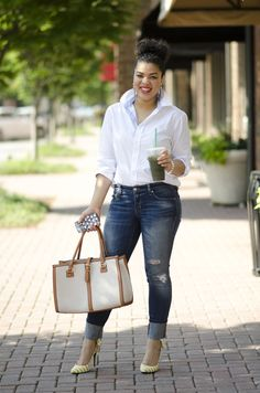 How to Wear a Classic White Button Up Shirt | The Fashionista Next Door