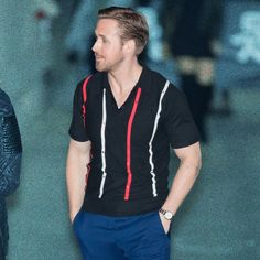 Ryan Gosling Shows You How to Wear a Polo Shirt This Winter | GQ