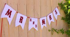 Easy Felt Mr and Mrs Banner Wedding Crafts, Diy Wedding, Wedding Ideas, Getting Married, Bridal Shower, Wedding Planning, Felt, Crafty, Bride