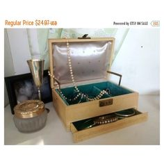 ON SALE Mele Jewelry Box, Vintage Jewelry Organizer Storage, Cream... ($21) ❤ liked on Polyvore featuring home, home decor and jewelry storage